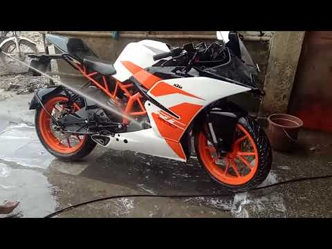 Ktm RC 200 Washing and Cleaning