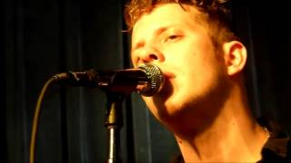 "Anderson East ""The Devil In Me"" (Live from Memphis TN 10-02-2016)"