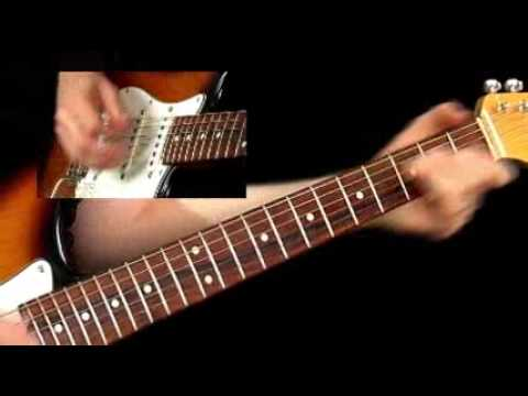 10 EASY GUITAR LICKS Every Guitarist Should Know! - YouTube