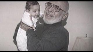 بالفيديو: رسالة مؤثرة وجهها الحسين بن عبد الله لجده الراحل الحسين بن طلال.. فماذا قال فيها؟