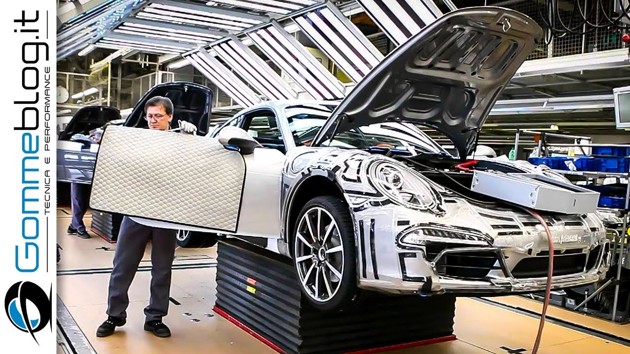 CAR FACTORY: Porsche 911 HOW IT'S MADE Production Plant 2017