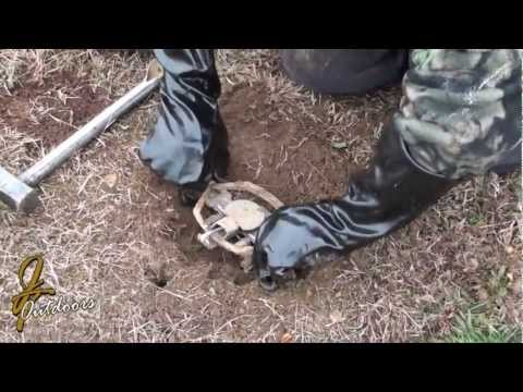 Trapper Paul Dirt Hole set for Coyote and Fox