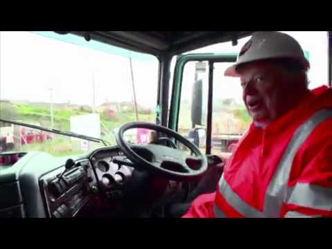 28/01/15 - Moving a tow head from SubSea 7 through Wick, Scotland - The One Show