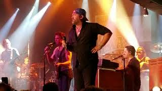 Lee Brice Parking Lot Party at Billy Bob's Texas 12.1.17