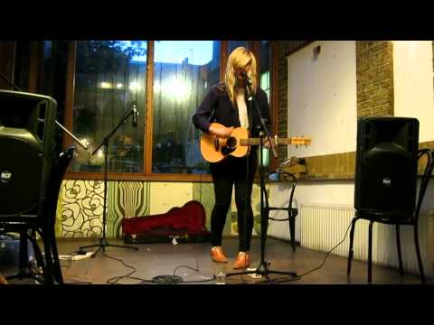 Bec Sandridge @ London Gallery Cafe 2012 - Red Jumper