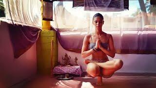Cours de Yoga avec Katia Seddiki