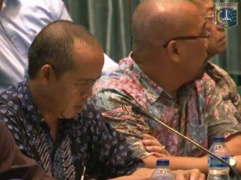 12 Feb 2013 Gub Bpk. Jokowi Public hearing terkait Monorail di Balai Agung
