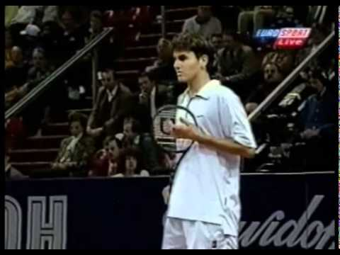 Roger Federer vs Andre Agassi in Basel 1998