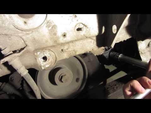 Замена ремня генератора на Рено Логан и Ларгус с ГУР без кондиционера