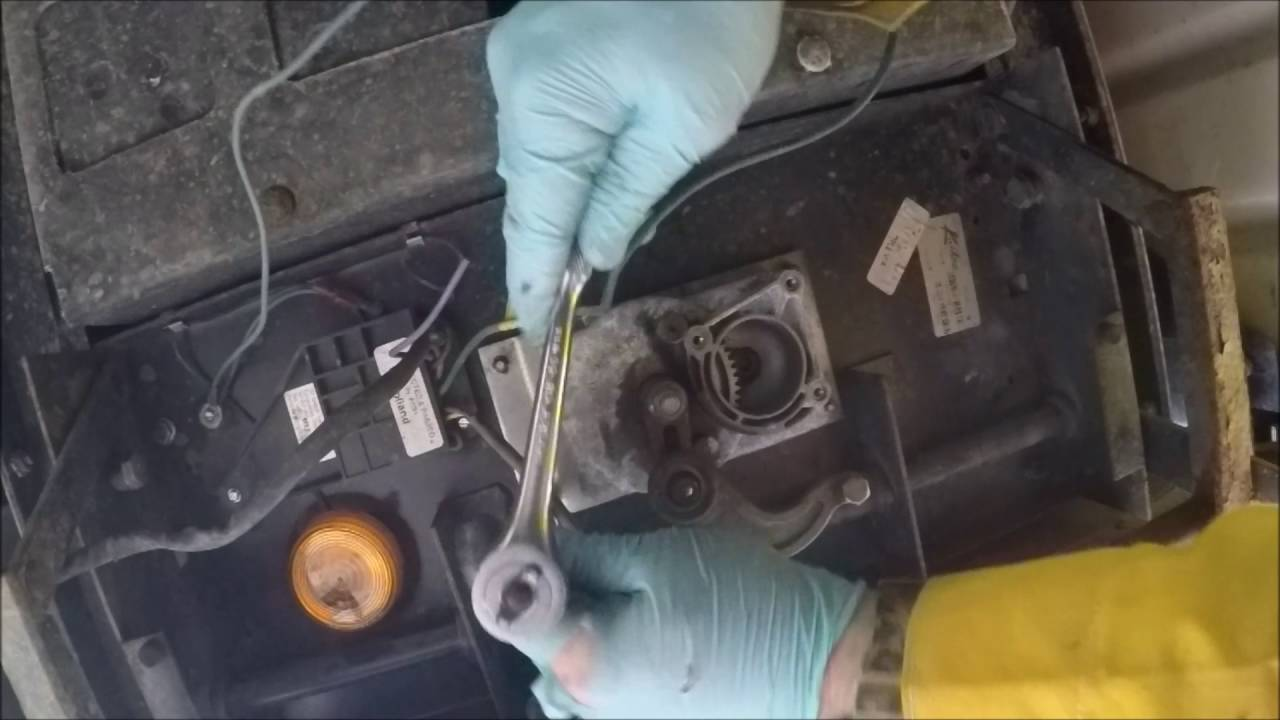 Kwikee Gear And Linkage Replacement On Rv Steps Youtube Step Wiring Diagram 28
