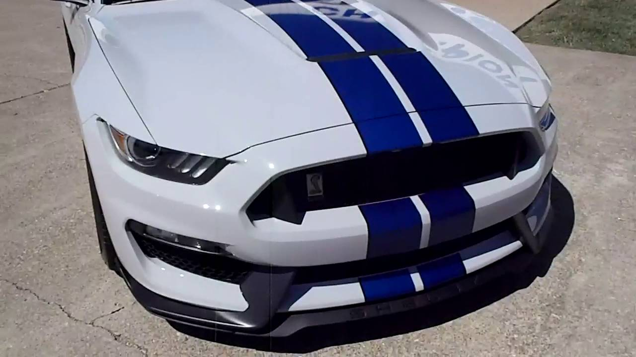 2017 Ford Mustang Shelby GT350 - YouTube