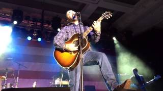 """Aaron Lewis """"Right Here Waiting"""" - 2/21/15"""