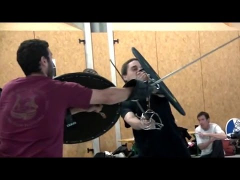 Side sword and round shield (rotella) - Basic & Advanced Workshop - HEMAC Dijon 2013