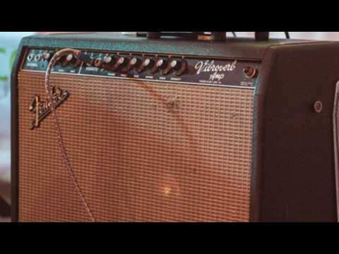Vintage 1964 Fender Vibroverb | Stevie Ray Vaughan Tones w/ Chris King Robinson