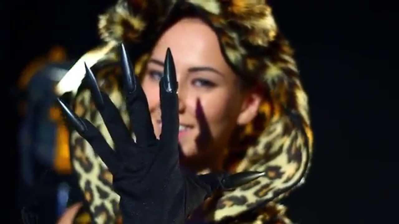 Хэллоуин: костюмы своими руками для взрослых | NUR.KZ | 720x1280