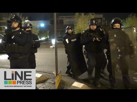 Émeutes dans l'Essonne. Un commissariat de police attaqué / Les Ulis (91) - France 12 février 2017