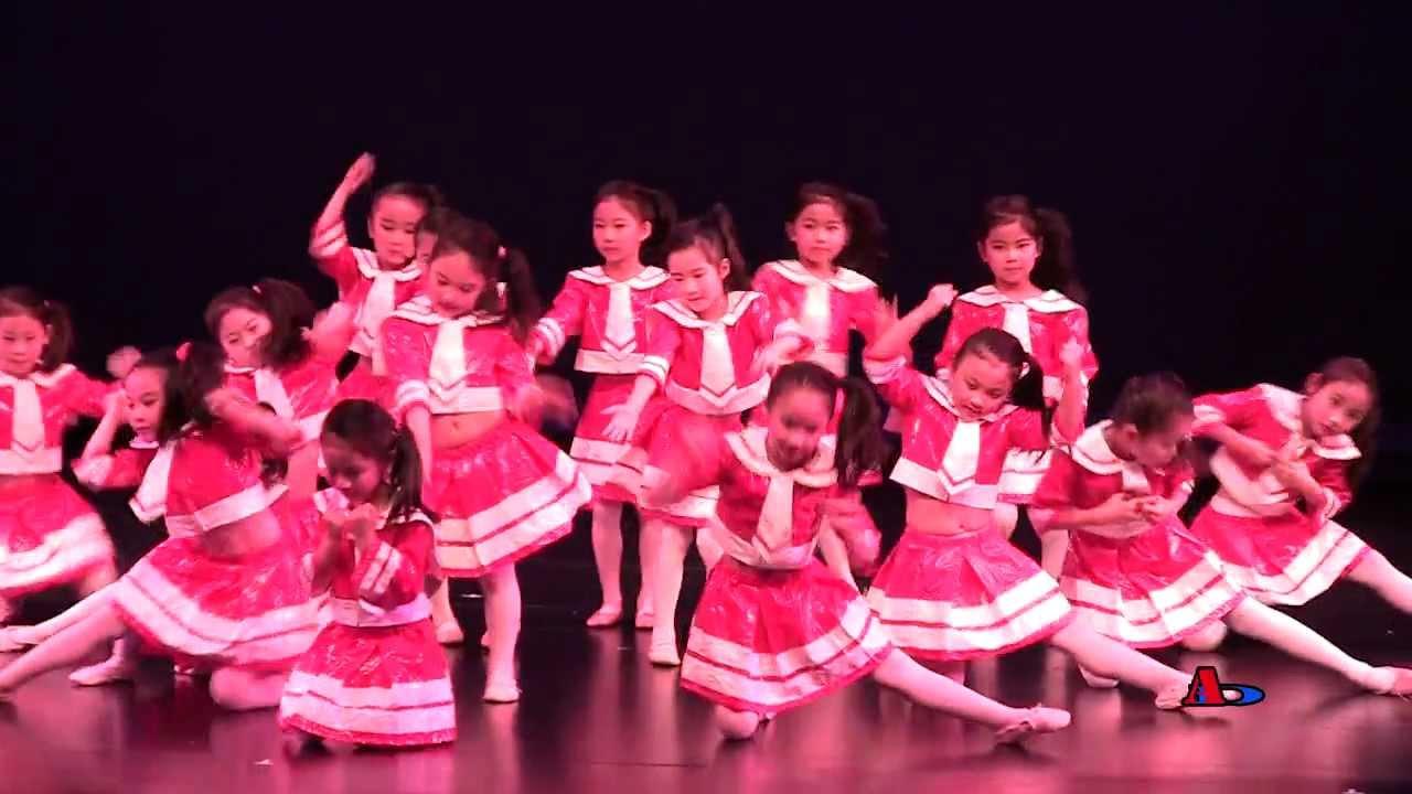最炫民族风搞笑舞_最炫民族风_维娜舞蹈培训中心年底汇报演出(15) - YouTube