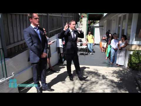 How to bid and win at an auction - Laurence Street, Manly, NSW - Highlights version