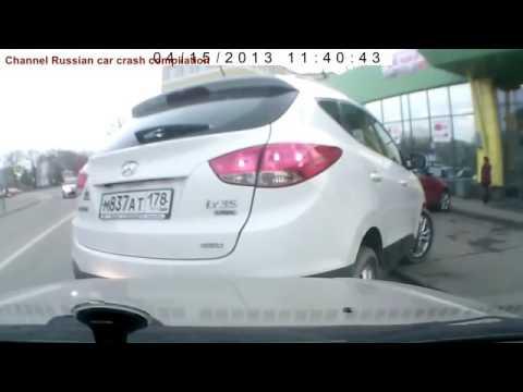 внимание !! Русские женщины вождения часть 9 Женщина ДТП девочки вождения терпит неудачу