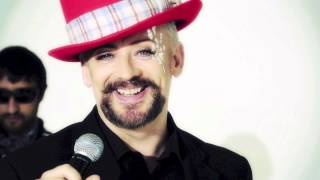 Watch Boy George Bigger Than War video