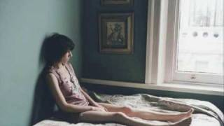 Watch Pj Harvey The Phone Song video