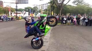Download Video Aniv Nitro yang ke-9 diisi hiburan Freestyle motor ninja MP3 3GP MP4