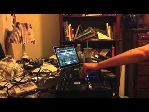 Traktor Kontrol S4 Mix 16