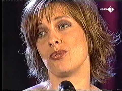 Mylène d'Anjou - Meisje loos in Rotterdam (2002)