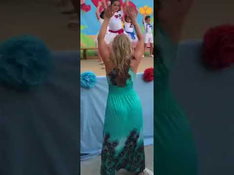Big Rig - Dad Records His Girls Dancing session with Teacher