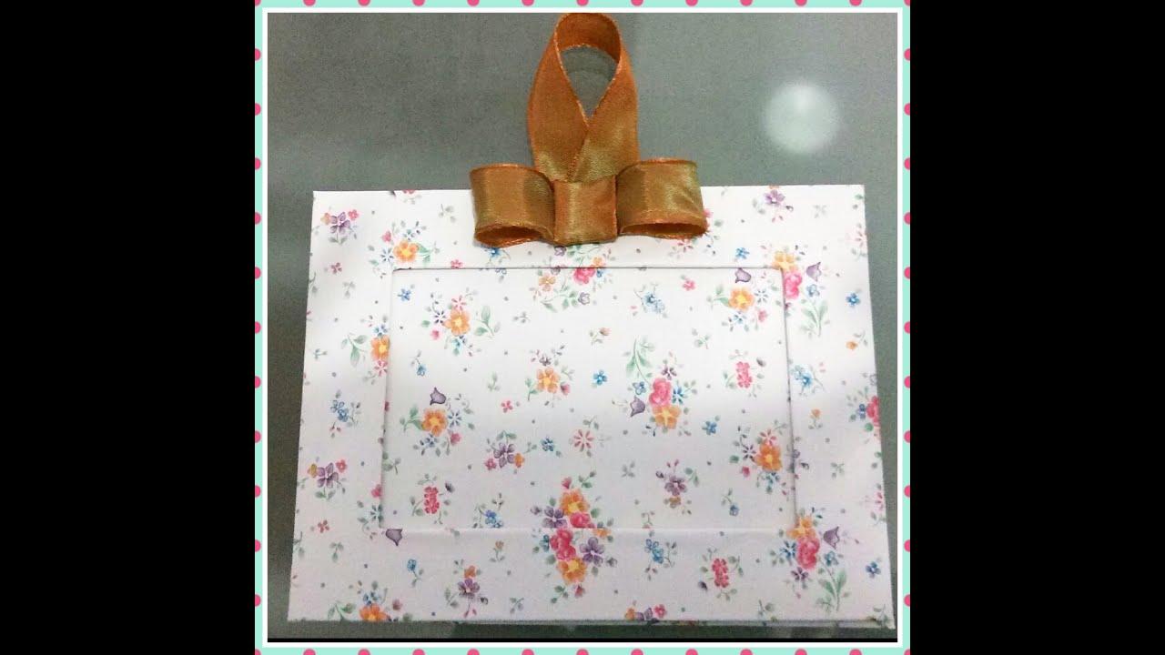 Cornice fai da te facile usando carta adesiva e for Bordi per aiuole fai da te