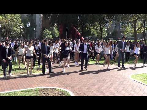 University of Pennsylvania: Flash Mob - GANGNAM STYLE