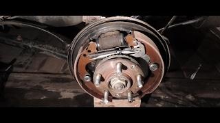 Разбираем задний тормозной цилиндрик Subaru Forester