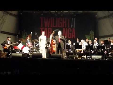 TWILIGHT AT TARONGA 2017  ( 1 ) Mp3