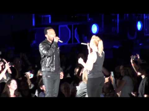 Kelly Clarkson ft John Legend - Don't You Wanna Stay (Hollywood Bowl)