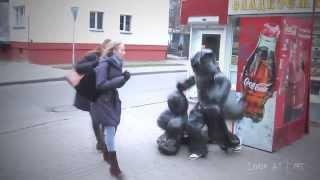 Живой мусор в России!! Прикол!! - the living garbage in Russia
