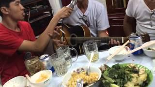Nhung bong hoa tren tuyen lua Guitar