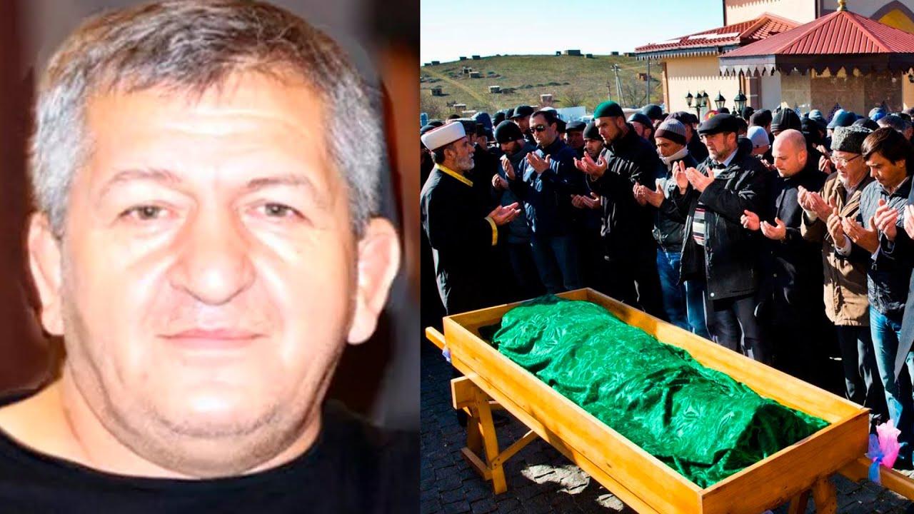 ПОХОРОНЫ Отца Хабиба в Дагестане! Умер Абдулманап Нурмагомедов сегодня его похоронили😭😭😭