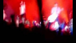Download Velvet Revolver - SECC - Glasgow - 10th June 2007 MP3 song and Music Video