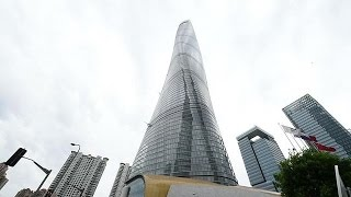 China gives new twist to world's second tallest building