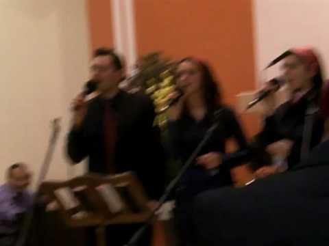Grupul Maslinul La Betel Valencia - Tu Esti Doamne Stanca Mea...
