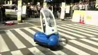 운전대 없는·접히는 차…