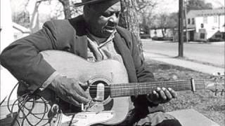 Big Joe Williams - My Baby Left Me a Mule To Ride