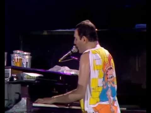 Queen -  Bohemian Rhapsody (Live At Wembley Stadium 1986)