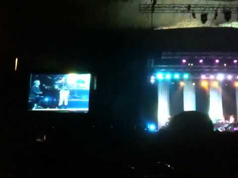Hitman - David Foster & Friends 2011 In Jakarta - Charice - The Power Of Love