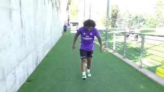 Marcelo's impressive kick-ups with a tennis ball!