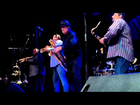 Tower of Power©  Bad Ass Horn Section
