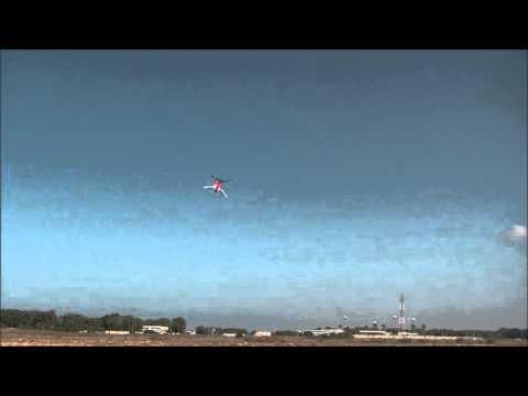Alon Barak flying the Voltage 500 3D quad