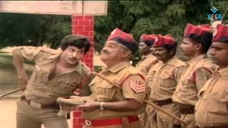 Video Khaidi No 786 - Mohan Babu Entry download MP3, 3GP, MP4, WEBM, AVI, FLV November 2017