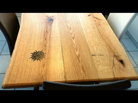 Tattooed live edge dining table - Oak - DIY