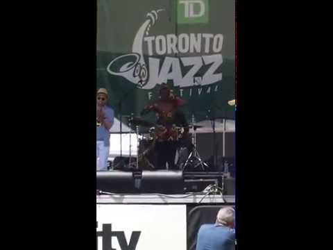 20-06-15: Juice Money Collective Feat  LyricL - Amazed (Live at the TD Toronto Jazz Festival)